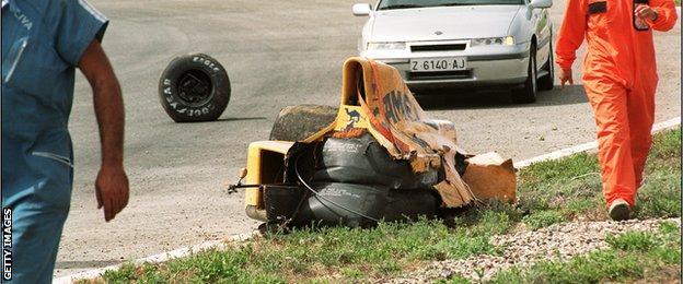 Martin Donnelly, 1990 Jerez crash