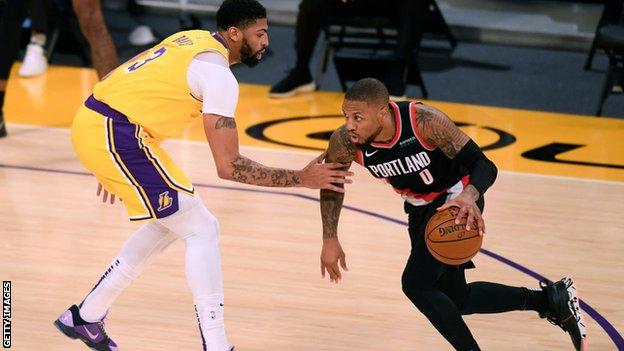 Damian Lillard against LA Lakers