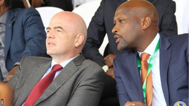 Fifa president Gianni Infantino and Rwanda FA boss Vincent Nzamwita