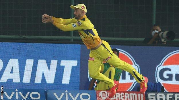 IPL: Chennai Super Kings go top after beating Sunrisers Hyderabad thumbnail