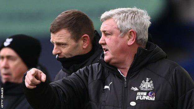 Steve Bruce, Graeme Jones, Newcastle United