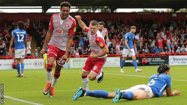 Kurtis Guthrie scores for Stevenage