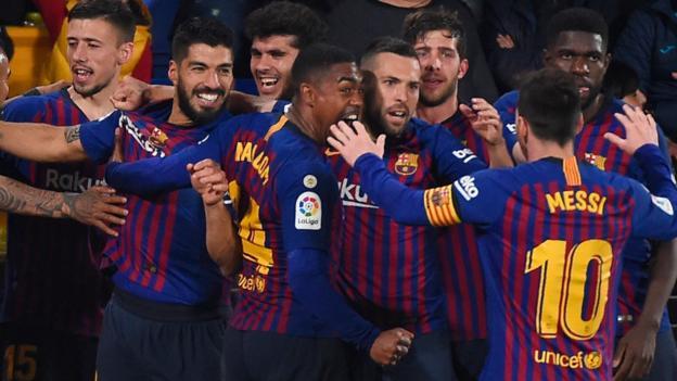 Barcelona battle back for 4-4 draw at Villarreal thumbnail