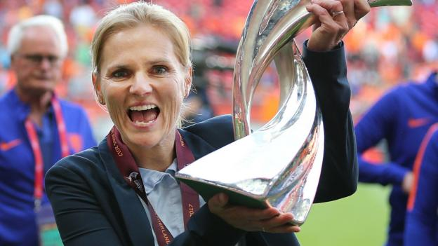 Wiegman to succeed Neville as England women's boss