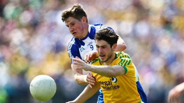 Darren Hughes and Ryan McHugh tangle as Monaghan run out winners by a single point