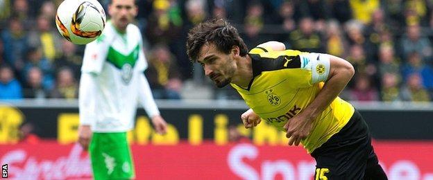 Mats Hummels of Borussia Dortmund