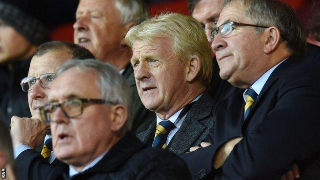 SFA chief executive Stewart Regan and manager Gordon Strachan