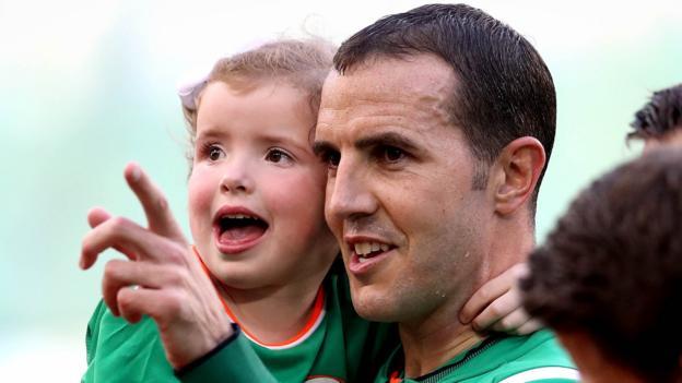 Republic of Ireland 2-1 USA - BBC Sport