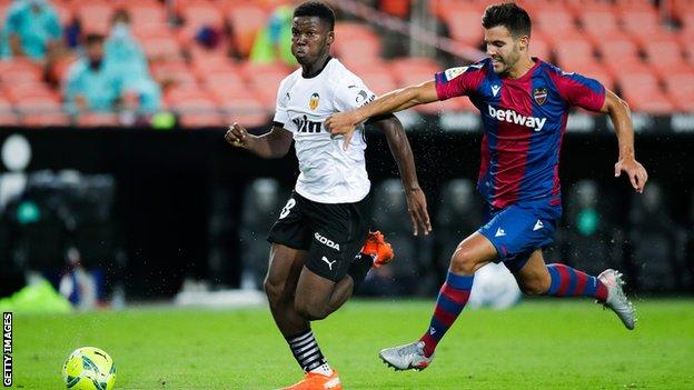 Yunus Musah in action against Levante