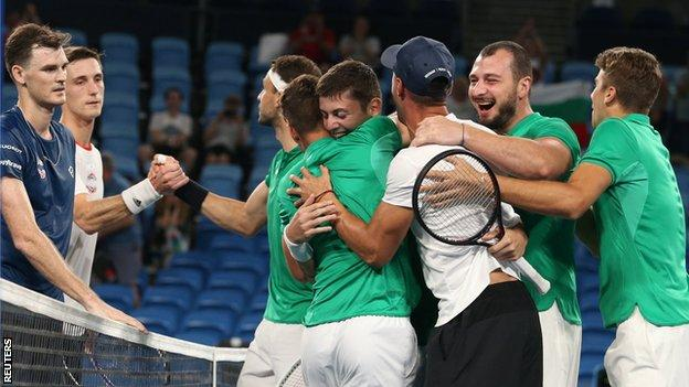 Great Britain's Joe Salisbury and Jamie Murray congratulate Bulgaria's Grigor Dimitrov and Alexandar Lazarov