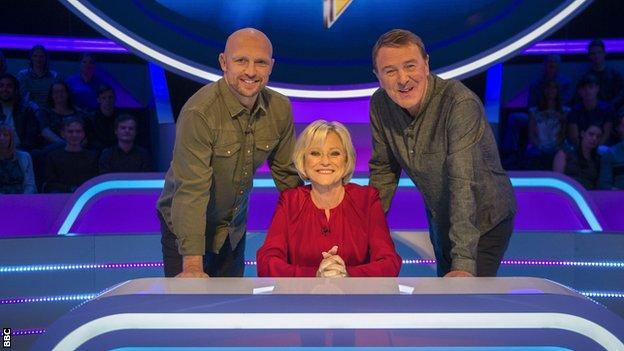 Matt Dawson, Sue Barker and Phil Tufnell of A Question of Sport