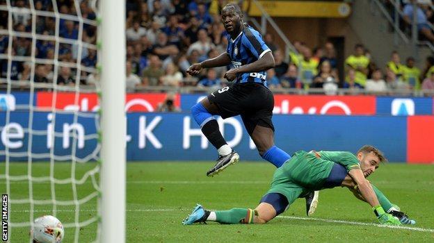 Romelu Lukaku scores against Lecce
