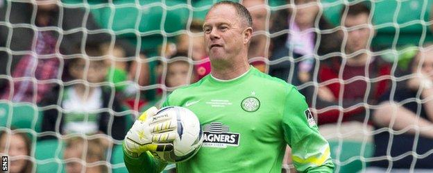 Joanthan Gould plays in a Celtic charity match