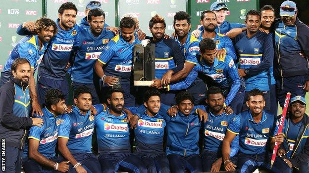 Sri Lanka with the Twenty20 series trophy