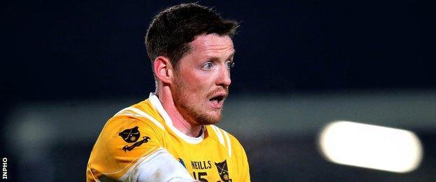 Conor McManus helped Monaghan champions Clontibret overcome Crossmaglen in the quarter-final