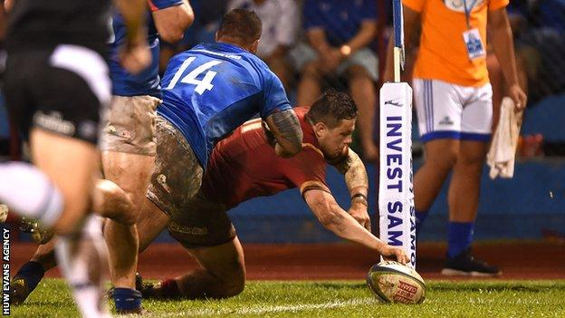 Steff Evans scores his second try for Wales against Samoa