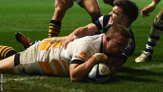 Tom Cruse scores a try for Wasps against Bristol