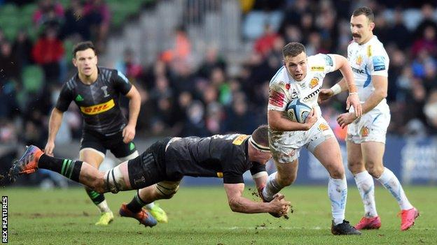 Chiefs outside-half Joe Simmonds scored two tries in three minutes early in the second half against Harlequins at The Stoop