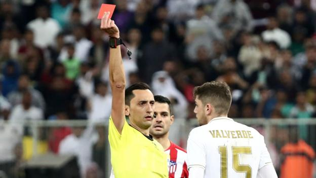 Real Madrid win Super Cup - and it's all down to Federico Valverde's red card thumbnail