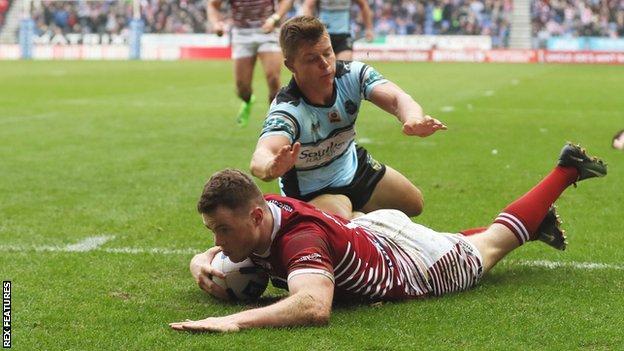Joe Burgess scores a Wigan try