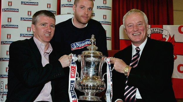 Former Leyton Orient manager Martin Ling (left) with Chairman Barry Hearn (right)