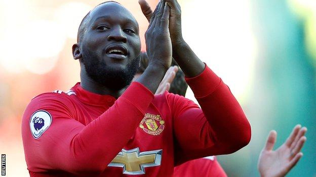 Romelu Lukaku celebrates Man United's win over Chelsea