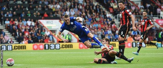 Jamie Vardy scores against Bournemouth