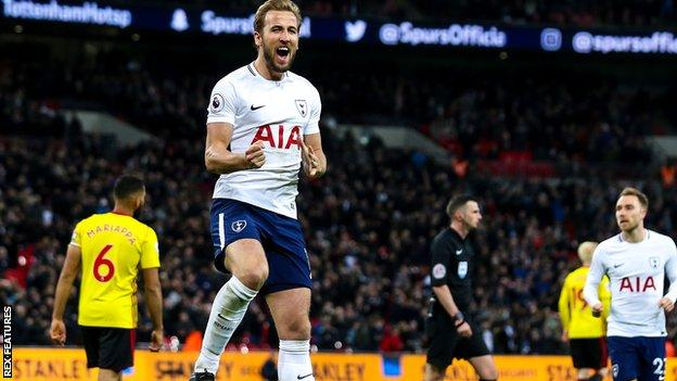 Harry Kane celebrates scoring for Tottenham