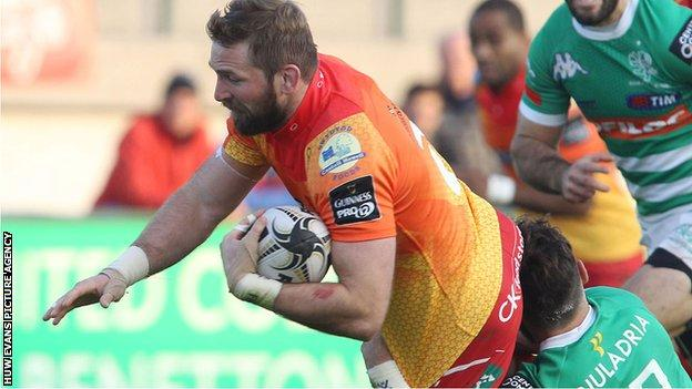 John Barclay in action for Scarlets against Treviso