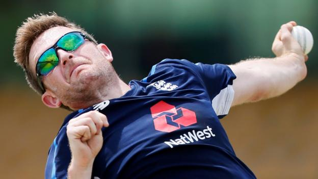 Sri Lanka v England: Liam Dawson place on tour in doubt due to injury - BBC Spor...