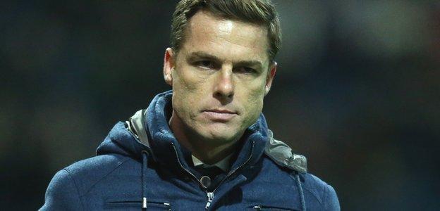 Fulham manager Scott Parker on the sidelines