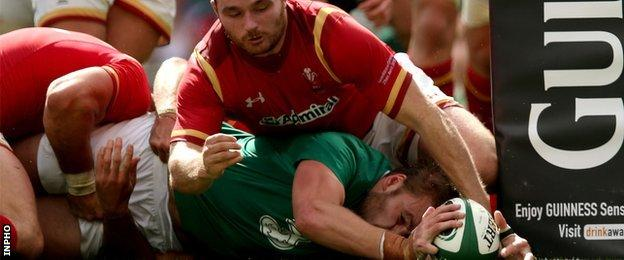 Iain Henderson put in an impressive performance and scored Ireland's try