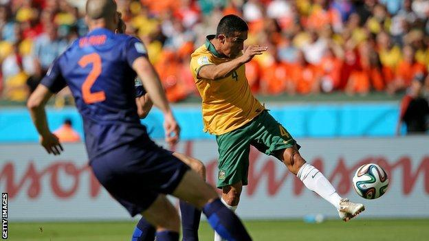 Tim Cahill volley