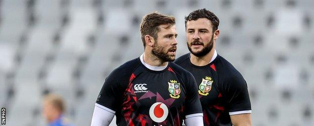 Elliot Daly and Robbie Henshaw