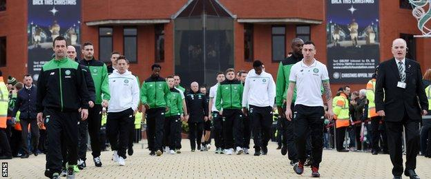 Ronny Deila and Celtic players