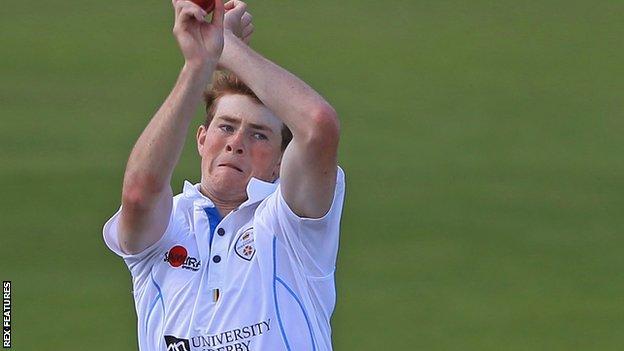 Tom Taylor in action for Derbyshire