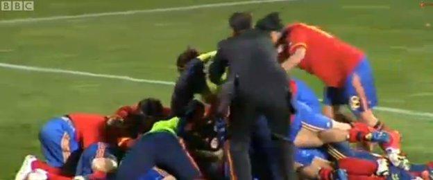 Spain celebrate beating Scotland in 2012