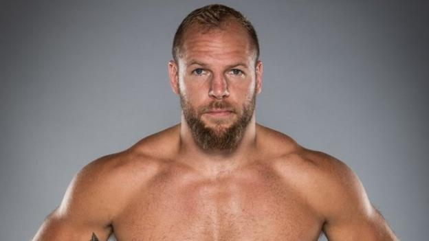 Ex-England rugby union international Haskell signs as MMA fighter