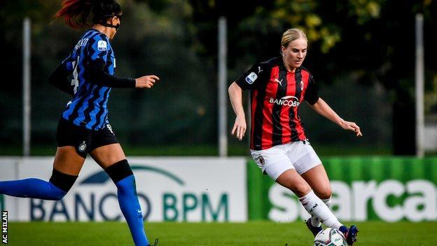 Natasha Dowie against Inter Milan