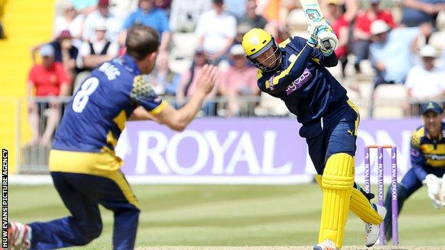 Liam Dawson hit four sixes in his 68-ball century