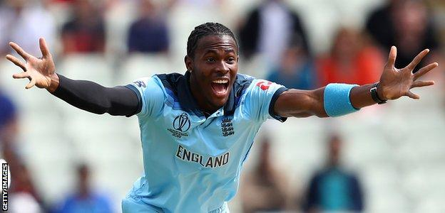 England fast bowler Jofra Archer appeals for a wicket against Australia