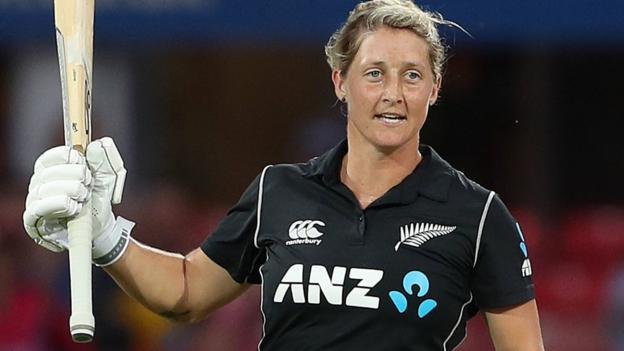 102521916 devinepa - England v Unique Zealand: Sophie Devine's century leads tourists to victory