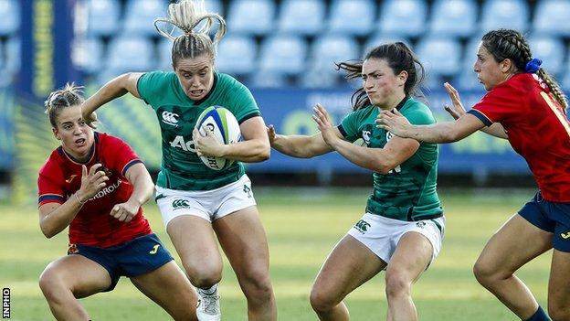 Ireland fly-half Stacey Flood makes a break in the qualifier against Spain
