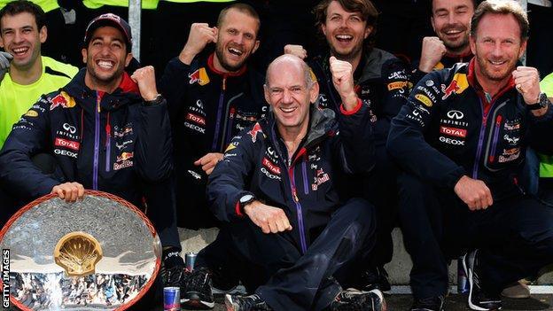 Adrian Newey celebrates Daniel Ricciardo's 2015 Belgian Grand Prix win