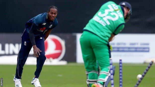 Jofra Archer bowls Mark Adair in the ODI at Malahide in 2019