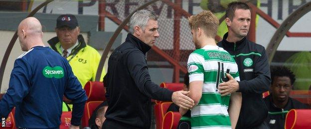 Stuart Armstrong goes off after 20 minutes
