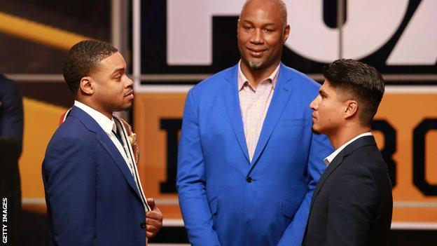 Some observers on social media pointed to a size difference when Spence Jr (left) and Garcia posed for photographs