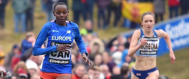 Yasemin Can finishes ahead of Emelia Gorecka in Edinburgh