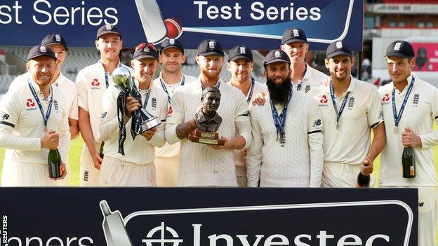 England captain Joe Root and his team-mates celebrate winning the test series