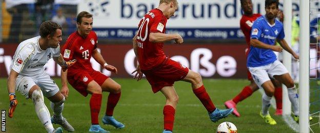 Sebastian Rode scores Bayern Munich's third goal against SV Darmstadt